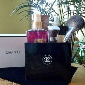 Chanel makeup organizer